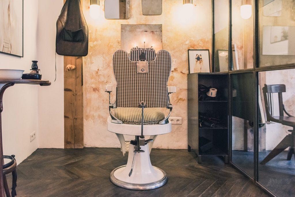 Le Discret, coiffeur - barbier