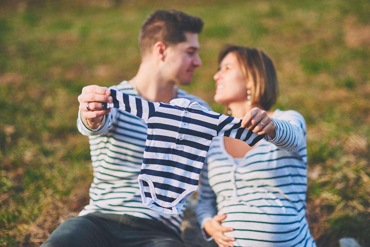 Séance maternité couple La Clusaz Annecy Thones