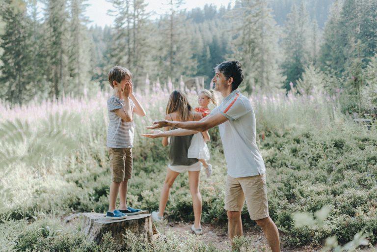 Photographe lifestyle famille annecy la clusaz