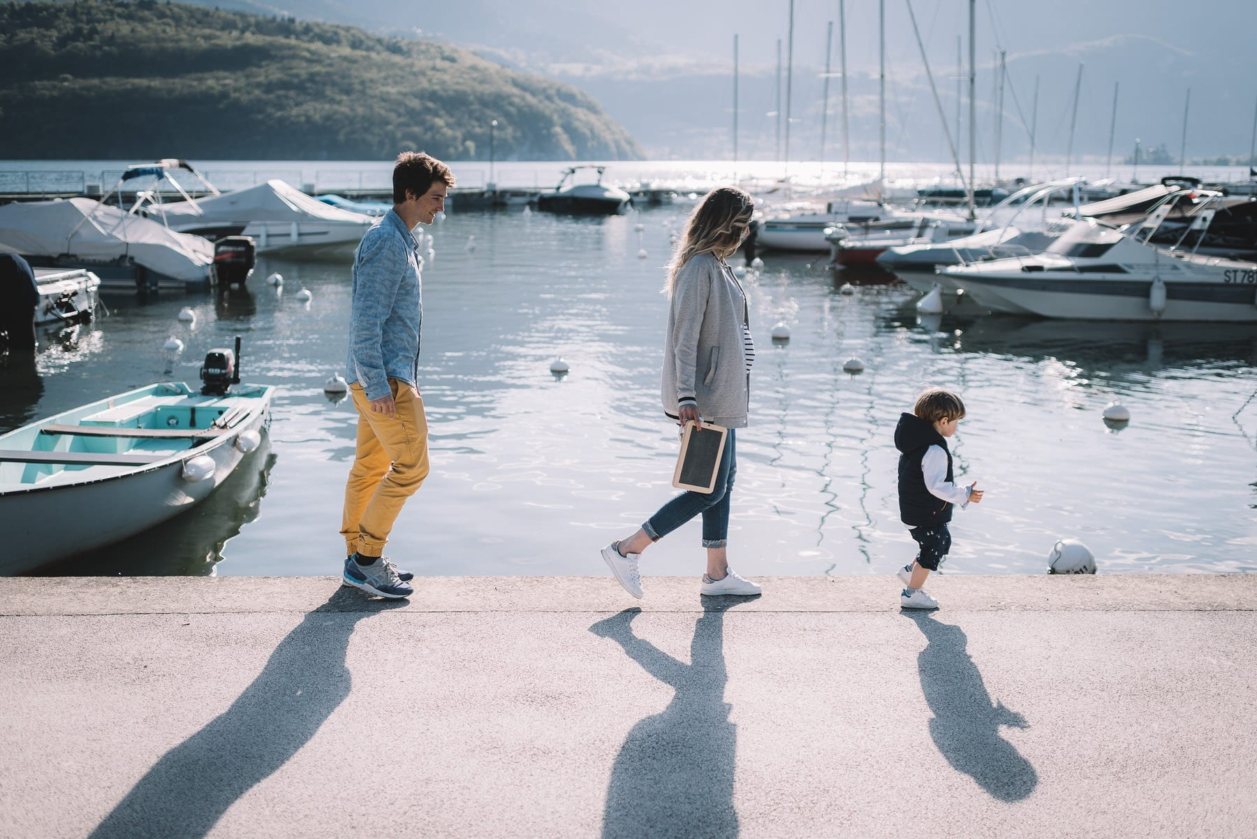 Photographe lifestyle famille annecy geneve